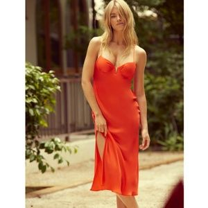 Sun Becomes Here Red The Muse Midi Dress - 2